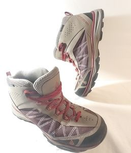 Vasque Womens Hiking Boots 10